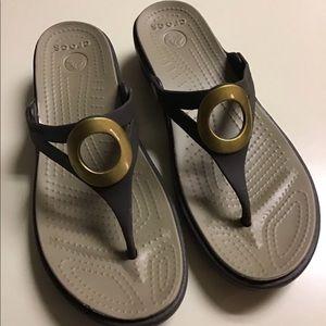 Crocs brown sandal